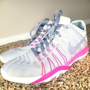 Nike free Tr6 womans sneakers